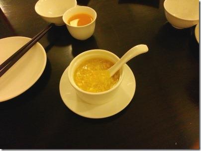 蟹肉入りスイートコーンスープ