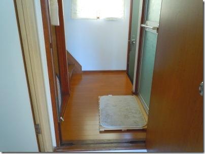 玄関、階段、脱衣所、トイレへの導線となる廊下